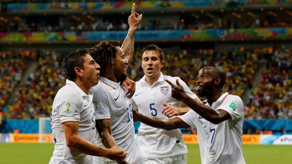 Estados Unidos viram e marcam 2 x 1 contra Portugal, na Arena da Amazônia, em Manaus