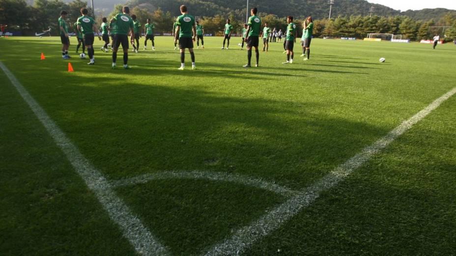 Treino da seleção brasileira em Seul, antes do amistoso com a Coreia do Sul