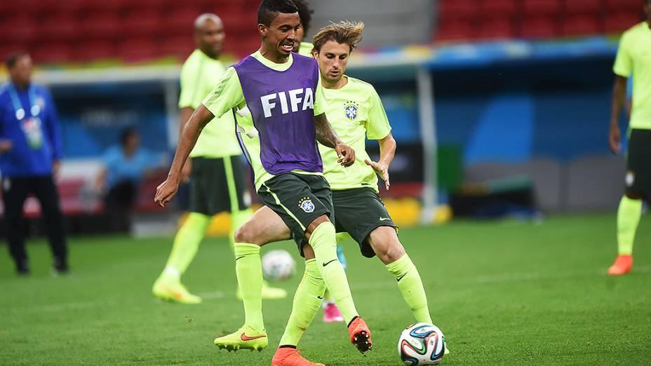 Seleção Brasileira durante o treino, em Brasília