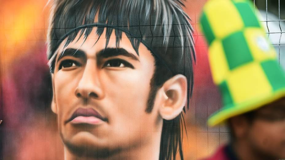 Ilustração de Neymar é vista próximo ao Itaquerão, em São Paulo