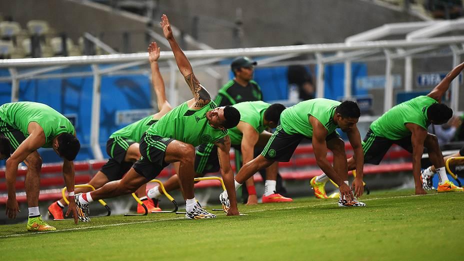 Seleção mexicana treina no Castelão antes do jogo contra o Brasil, em Fortaleza
