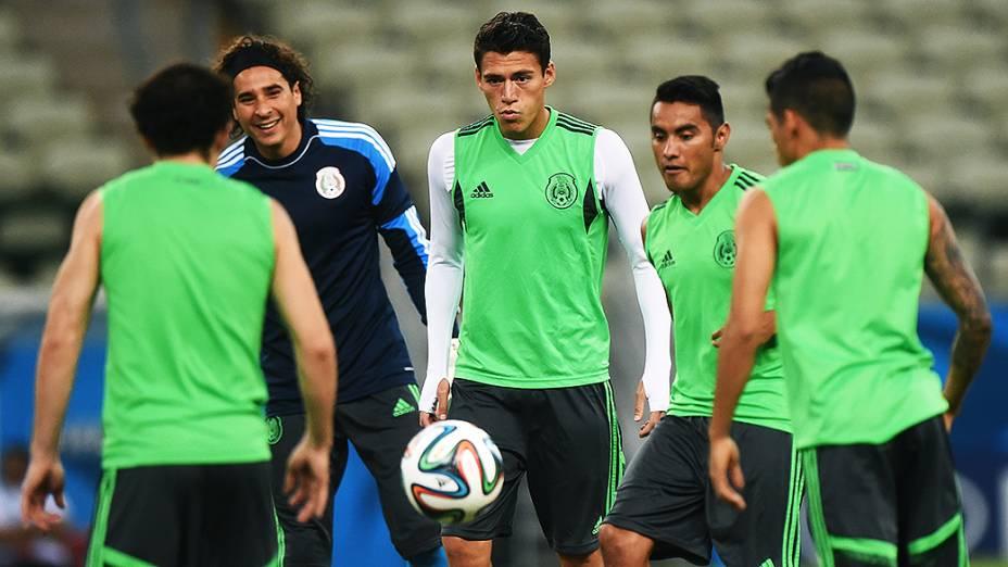 Treino da seleção mexicana no Castelão, em Fortaleza