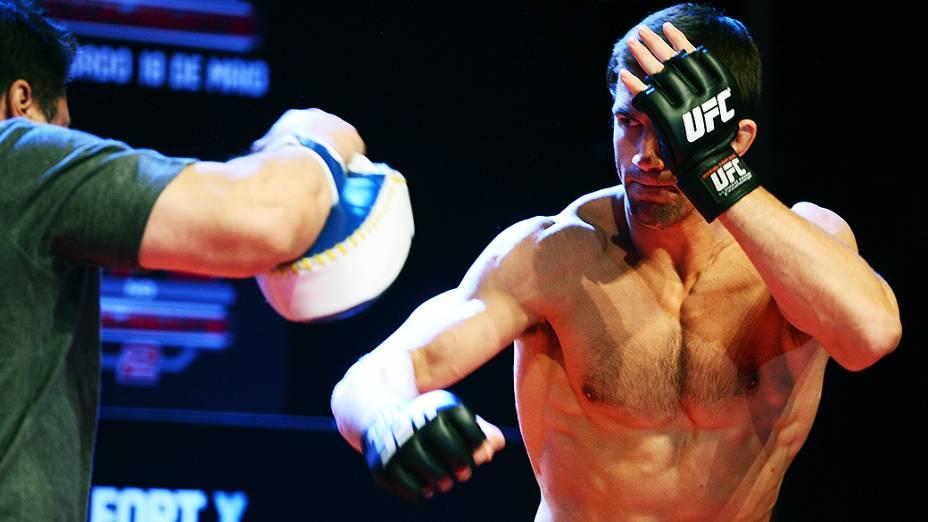 Luke Rockhold no treino aberto para o UFC Jaraguá do Sul, em Santa Catarina