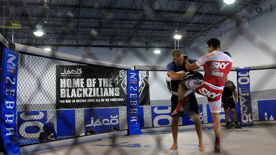 Vitor Belfort se prepara para enfrentar Jon Jones pelo UFC 152 em Toronto, Canadá
