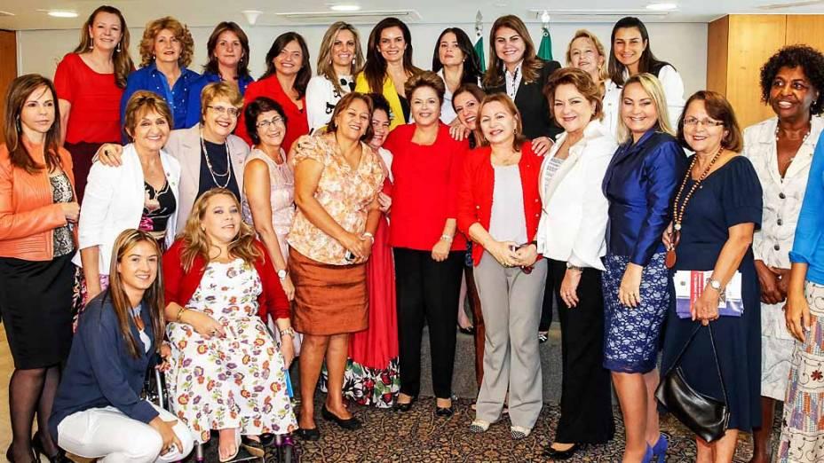 Dilma cria programa de combate a violência contra a mulher
