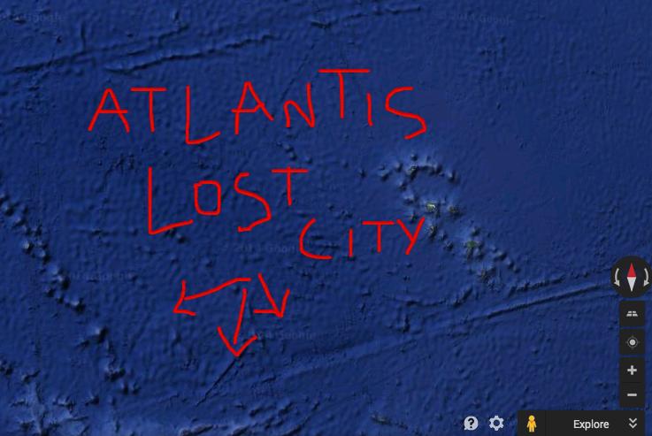 Courtney Love encontra a cidade perdida de Atlântida