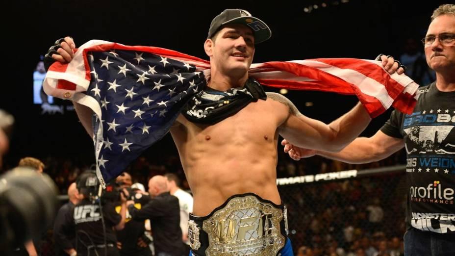 Chris Weidman, após vencer Anderson Silva no UFC 162: orgulho da bandeira americana