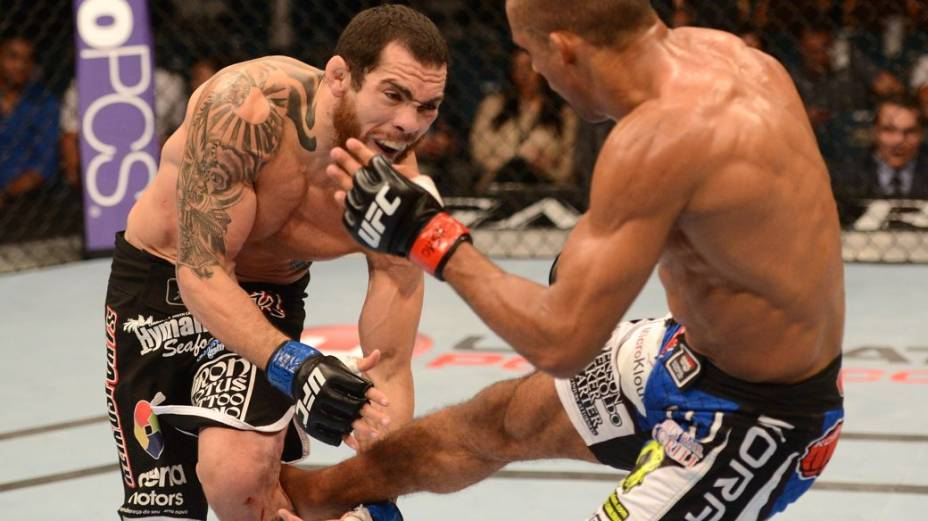 UFC 162: Edson Barboza derrota Rafaello Trator