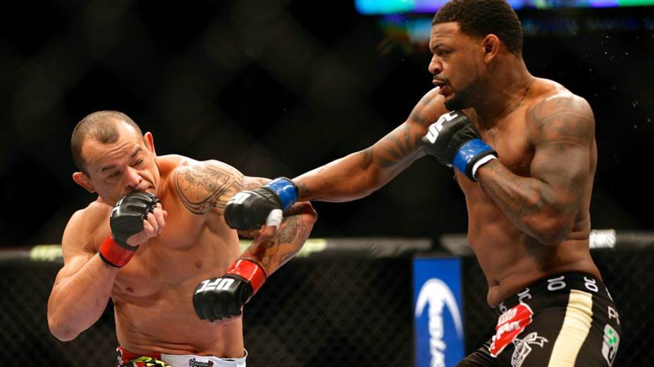 UFC 168: Gleison Tibau x Michael Johnson