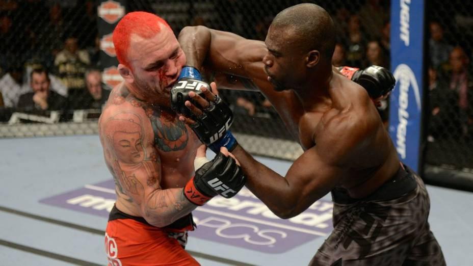 UFC 168: Chris Leben x Uriah Hall