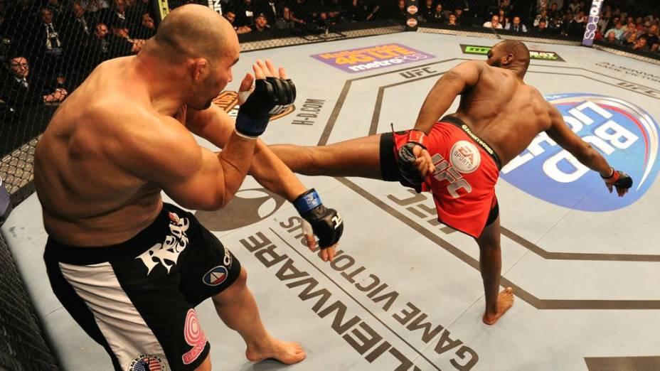 UFC 172: Jon Jones x Glover Teixeira, em Baltimore