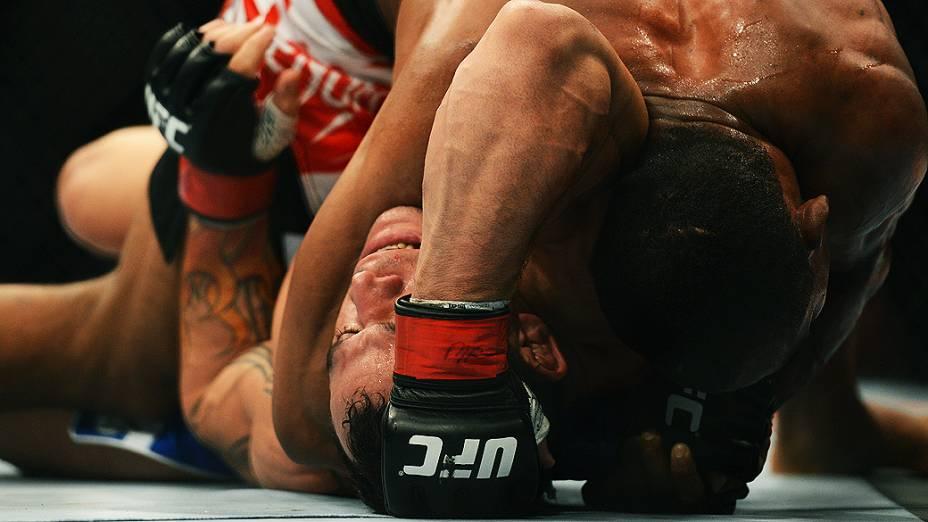 Luta entre Gleison Tibau e Francisco Trinaldo, o Massaranduba, no UFC Rio III, realizada na HSBC Arena, Barra da Tijuca