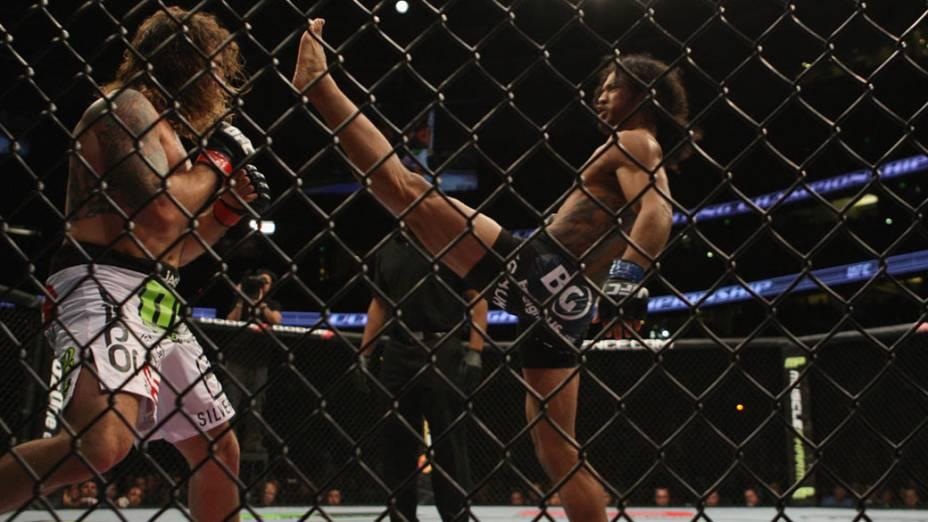 Benson Henderson e Clay Guida, durante luta no UFC - 12/11/2011<br>