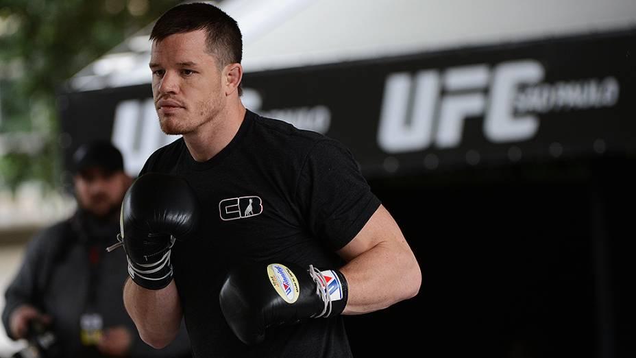 C.B. Dollaway no treino livre do UFC, em São Paulo