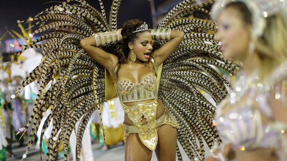 Quitéria Chagas, rainha de bateria da Unidos de Vila Maria, em São Paulo