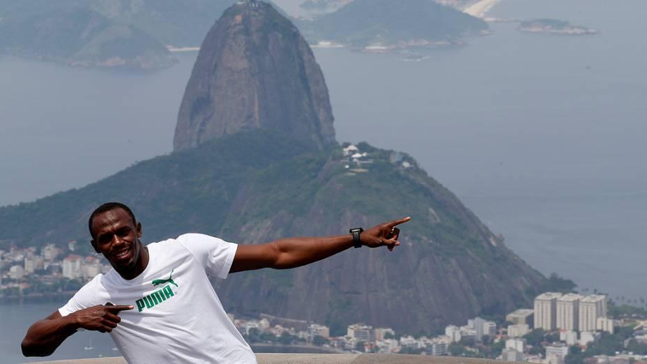 Usain Bolt visitou o Cristo Redentor durante sua passagem pelo Rio, em outubro do ano passado