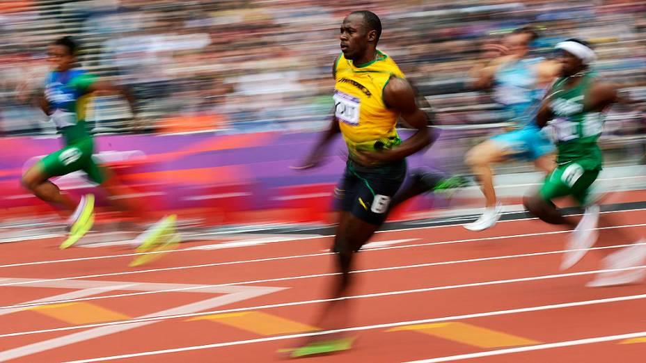 Usain Bolt durante a prova de classificação para as semifinais dos 200m, em 07/08/2012