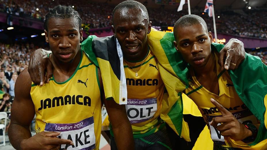 Bolt vence 200m rasos e Jamaica domina pódio