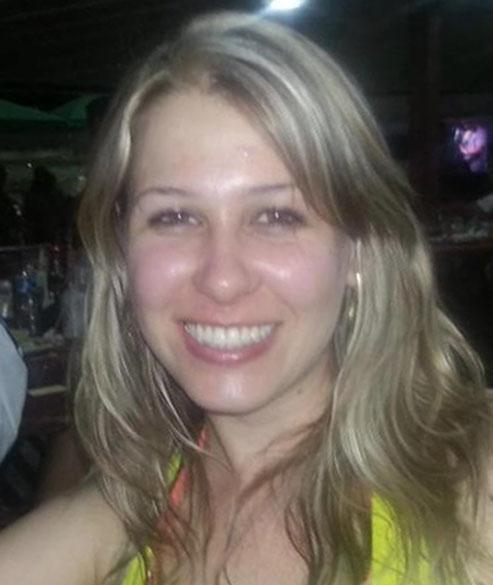 Vanessa Vancovicht Soares: 25 anos, estudante de administração da Unifra. Natural de Santiago