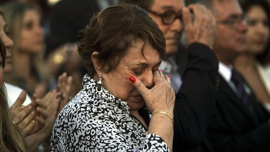 A Viúva de Oscar Niemeyer, Vera Lucia, durante o velório em Brasília