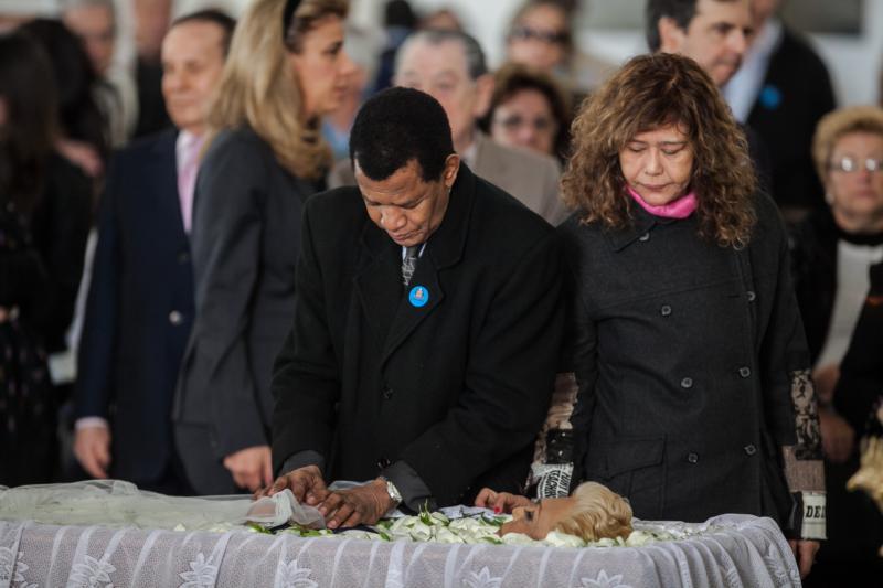 Jair Rodrigues no velório da apresentadora Hebe Camargo é velado no Palácio dos Bandeirantes. Hebe, uma das pioneiras da televisão brasileira, morreu aos 83 anos de parada cardíaca, em sua casa, no bairro do Morumbi