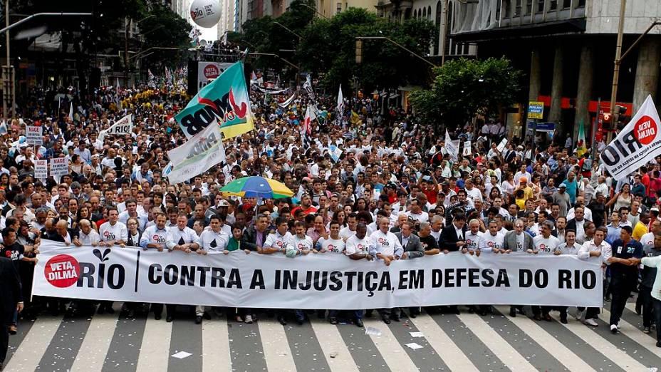 Caminhada em prol da defesa dos direitos do Estado do Rio de Janeiro na questão dos royalties do petróleo