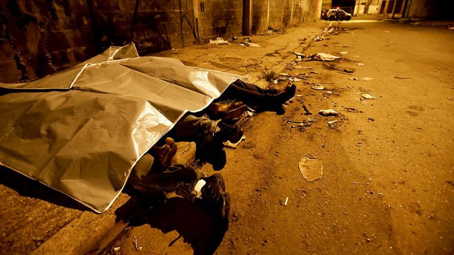 Quatro pessoas morreram durante chacina na Vila Sacadura Cabral, em Santo André, na Grande São Paulo, em 09/11/2012