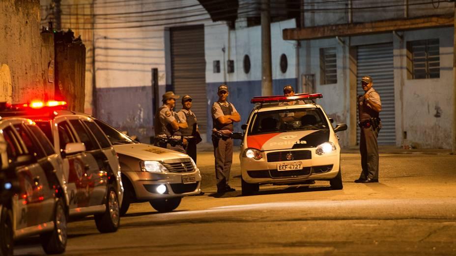 Movimentação policial onde duas pessoas foram mortas em Itaquera, na zona leste de São Paulo