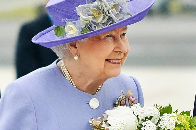 visita-queen-elizabeth-ii-papa-vaticana20140403-0005-original.jpeg