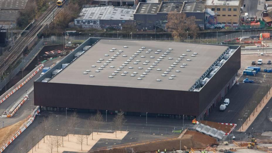 Arena de handebol em vista aérea do Parque Olímpico que está em construção para as Olimpíadas de Londres em 2012