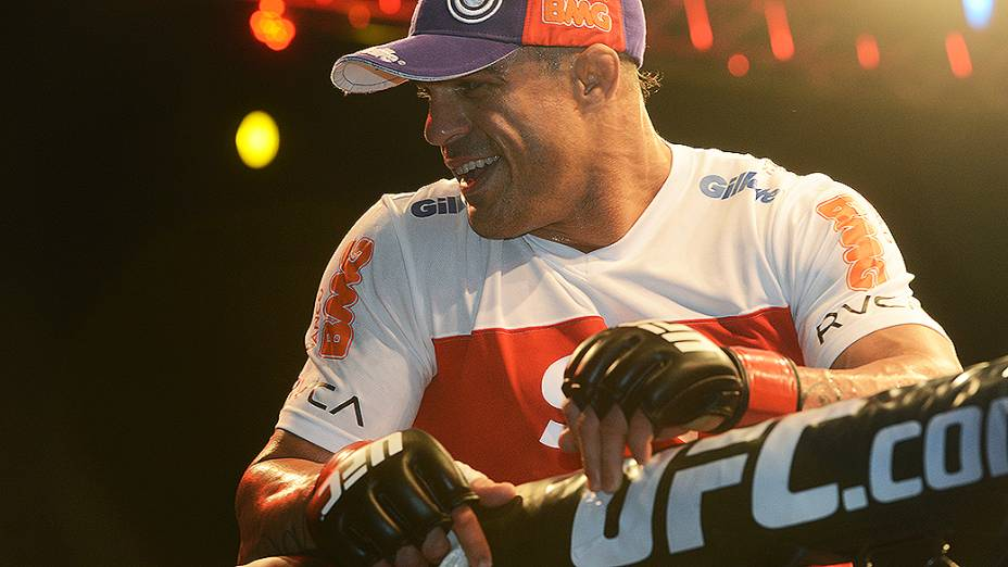Vitor Belfort venceu Michel Bisping durante UFC São Paulo no ginásio do Ibirapuera<br><br> Vitor Belfort e Michael Bisping durante UFC São Paulo no ginásio do Ibirapuera