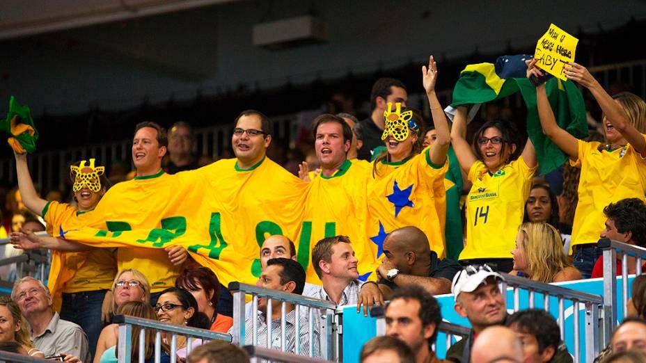 Torcedores durante a partida do Brasil contra itália no volêi