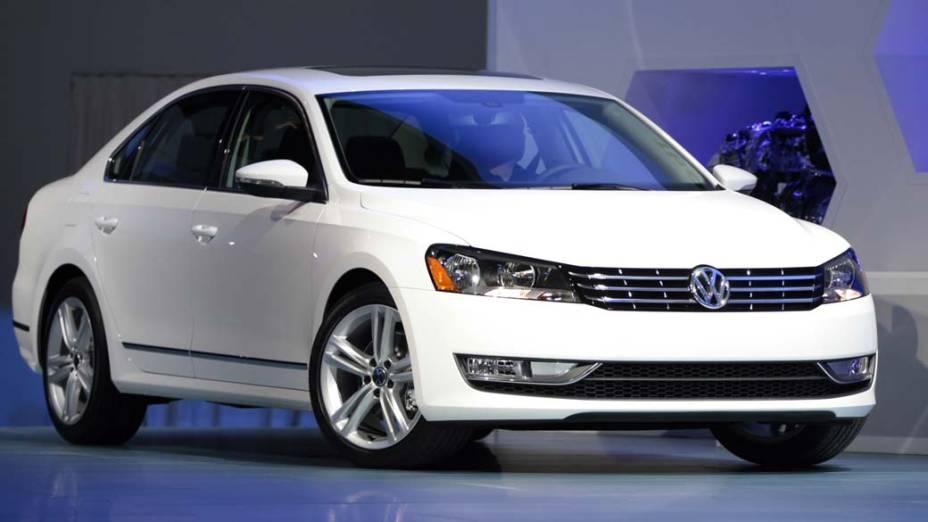Volkswagen Jetta Hybrid - O Jetta com motores 1.4 TSI e elétrico deve ter 170 cavalos. Fabricado no México, que possui acordos tarifários com o Brasil, tem chances de desembarcar por aqui