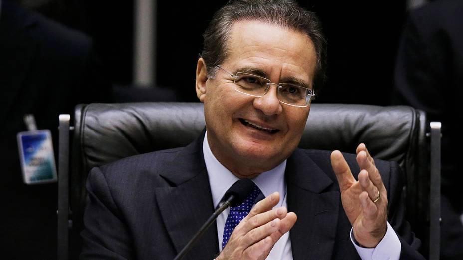 Renan Calheiros (PMDB-AL) em sessão do Congresso Nacional, nesta quarta-feira (03)