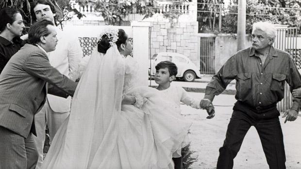 Mário Gomes, Gianfrancesco Guarnieri, Lucélia Santos, Jonas Torres e Walmor Chagas na novela Vereda Tropical, da Rede Globo