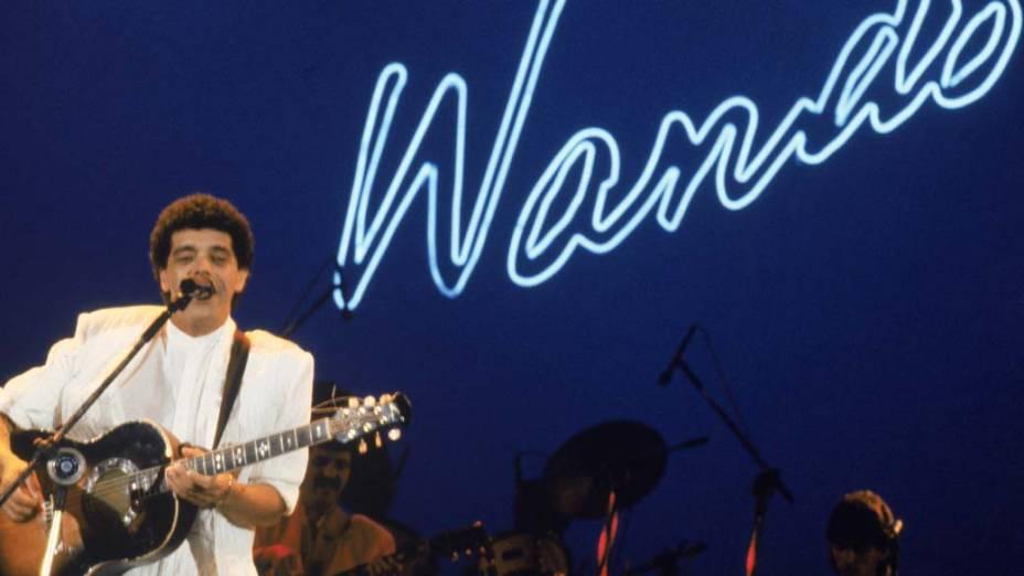 Cantor Wando em apresentação realizada em 1986