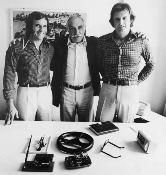 Wilson Fittipaldi entre os filhos Emerson e Wilsinho
