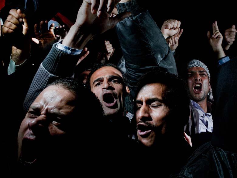 """Primeiro lugar na categoria """"General News Singles"""", da premiação """"World Press Photo Award"""", foi para essa foto dos protestos na praça Tahrir, no Cairo (Egito), em fevereiro, tirada por Alex Majoli, da Itália"""