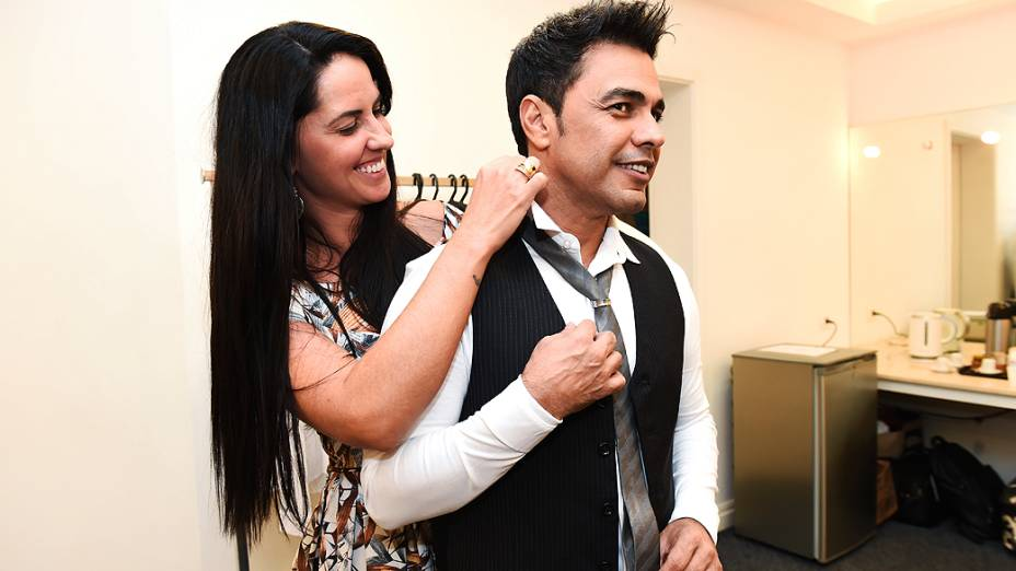 Zezé Di Camargo e a namorada Graciele Lacerda