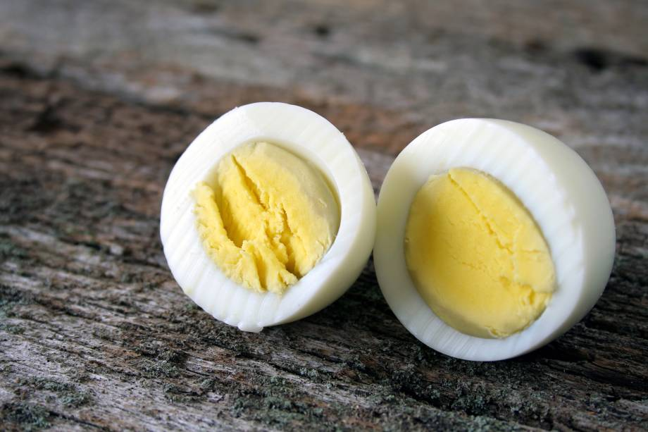 1/2 - 1 ovo frito, cozido ou pochê