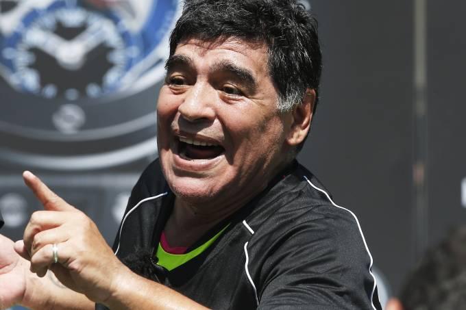alx_esporte-pele-maradona-brasil-argentina-20160609-02_original.jpeg