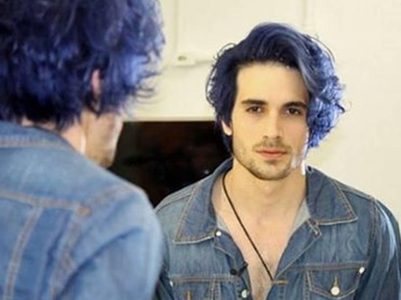 Fiuk posta foto no Instagram para mostrar sua nova cor de cabelo
