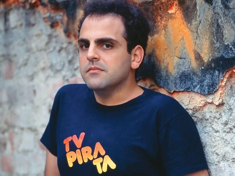 Guilherme Karam nos bastidores do programa TV Pirata, da Rede Globo, em 1989