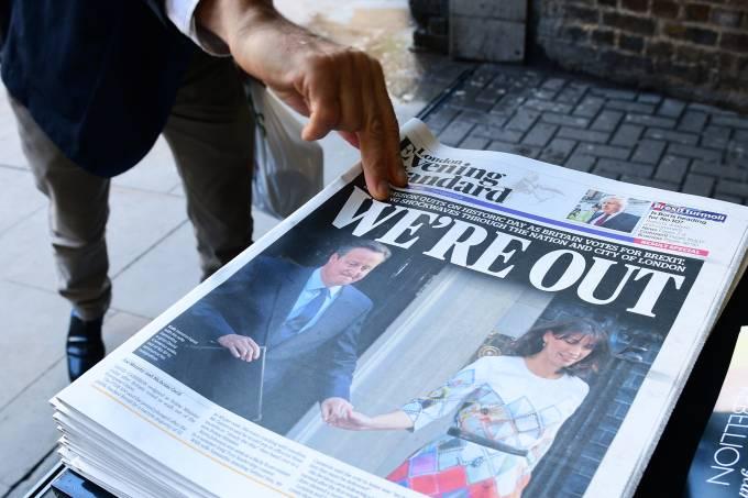 alx_imagens-do-dia-referendo-reino-unido-saida-uniao-europeia-jornais-manchete-20160624-01_original.jpeg