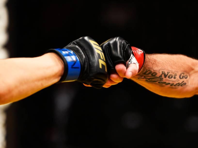 Os lutadoresTakanori Gomi e Jim Miller durante o UFC 200, na arena T-Mobile, em Las Vegas (EUA), na noite deste sábado (09)