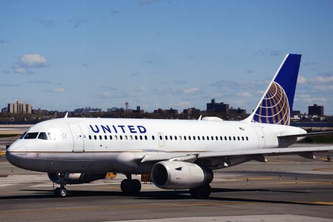 alx_united-airlines-20150626-0002_original-2.jpeg