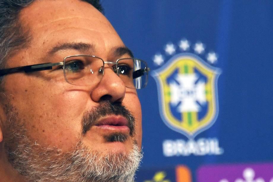 Rogério Micale falou sobre Neymar e Gabriel Jesus em sua primeira coletiva