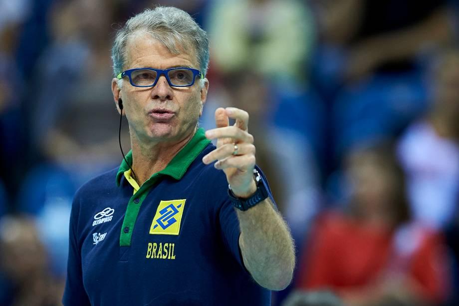 Bernardo Rocha de Rezende, conhecido como Bernardinho, técnico da seleção brasileira masculina de voleibol