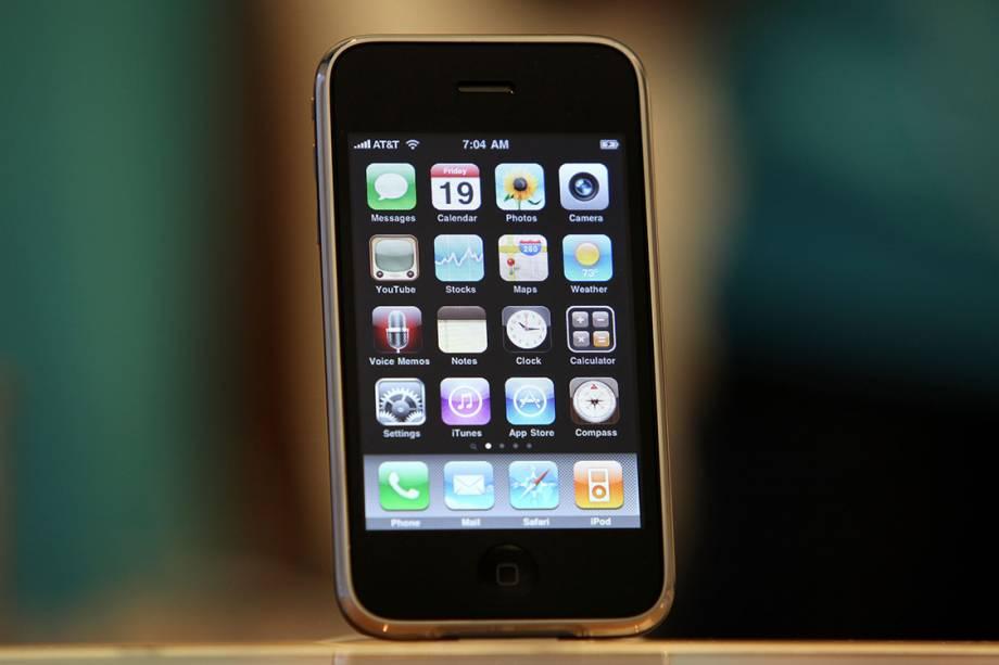 iPhone 3Gs é exibido em uma loja da Apple em São Francisco, em 2009