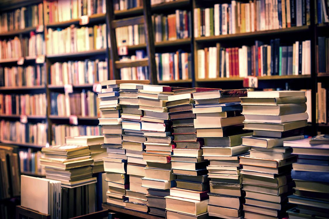 Venda de livros cai 20% nos primeiros quatro meses do ano | VEJA